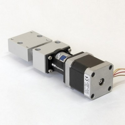 Short motor positioning tables coaxial drive